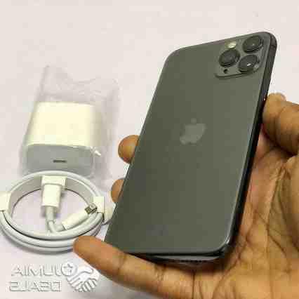 Iphone 11 pro max price uk