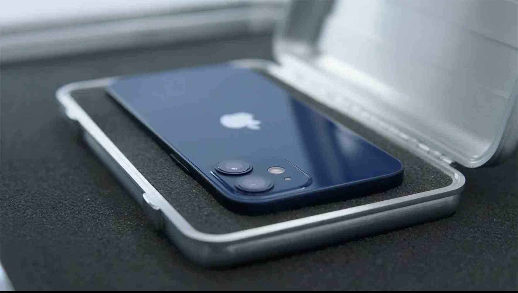 Iphone 12 mini avec montre apple