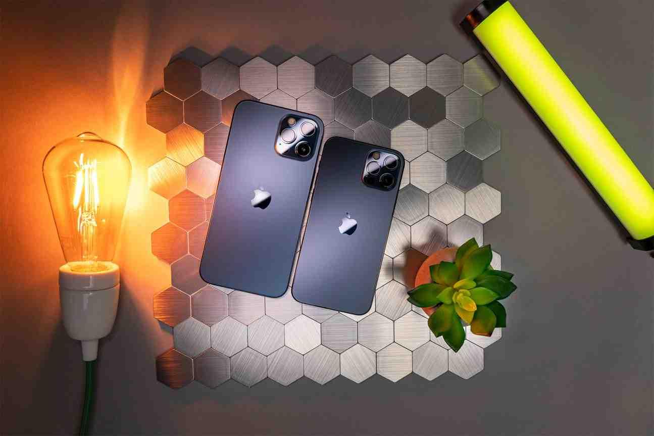 Iphone 12 pro max en main